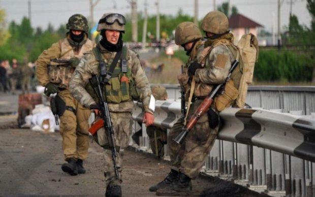 Воїни на передовій отримали подачку до свята