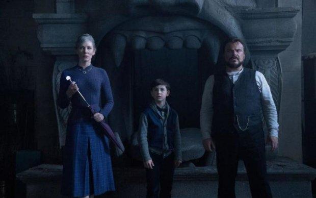 Фанатам мистических романов представили трейлер долгожданного фильма