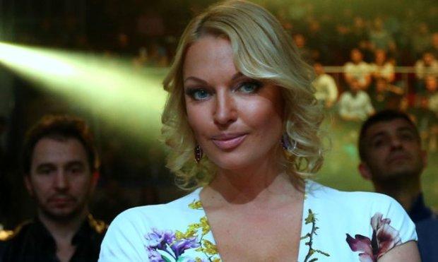 """Волочкова призналась, почему угодила в больницу: """"Реально жесть, терпела боль"""""""