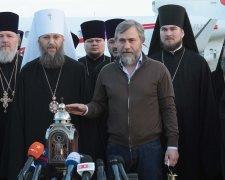 Вадим Новинский с делегацией УПЦ