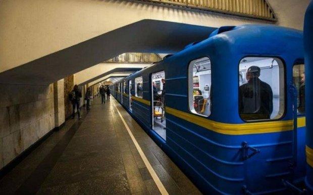 Годовщина Крещения Киевской Руси: столичное метро закроется из-за верующих
