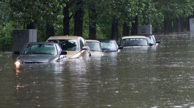 Літо скасовується: Україна йде під воду, фото немислимих руйнувань
