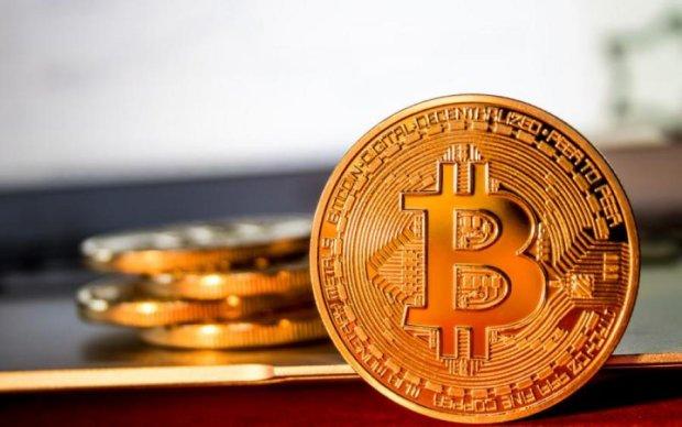 Курс біткоіна на 9 липня: головна криптовалюта повертає втрачене