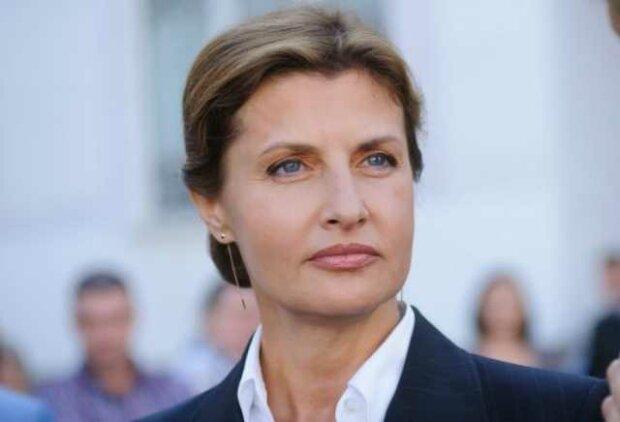 На Марину Порошенко правила не распространяются: поступила на официальном приеме по-своему