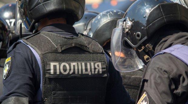 В Одессе заминировали 6 отелей: отдых превратился в ад, туристы бегут с чемоданами в руках