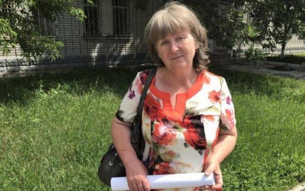 Мать Агеева съездила на Банковую