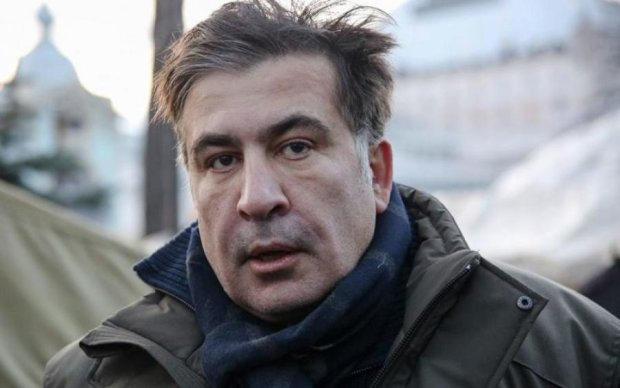 Подмена законов: политические силы встали на сторону Саакашвили