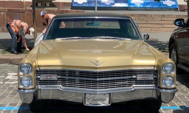 Cadillac de Ville, фото з фейсбук
