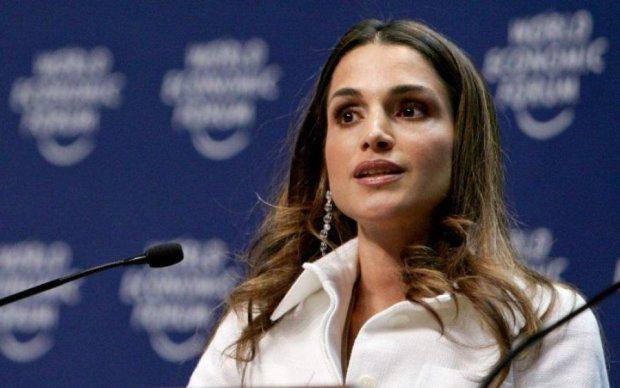 Королева Иордании заткнула за пояс всех модниц в Каннах