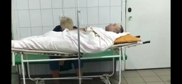 В Запорожье врачи мариновали тяжелобольного мужчину в палате - промучился 5 часов и умер без реанимации