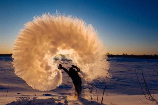 У Instagram запустили новий флешмоб. Користувачі довели, що навіть у лютий мороз може статися справжнє диво