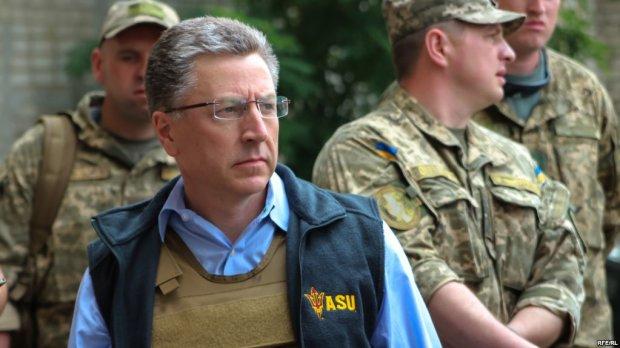 Медведчук о Волкере: Он категорически не может участвовать ни в каких переговорах