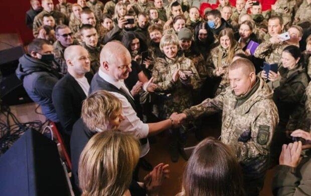 Квартал 95 выступил перед военными, instagram.com/kvartal95official