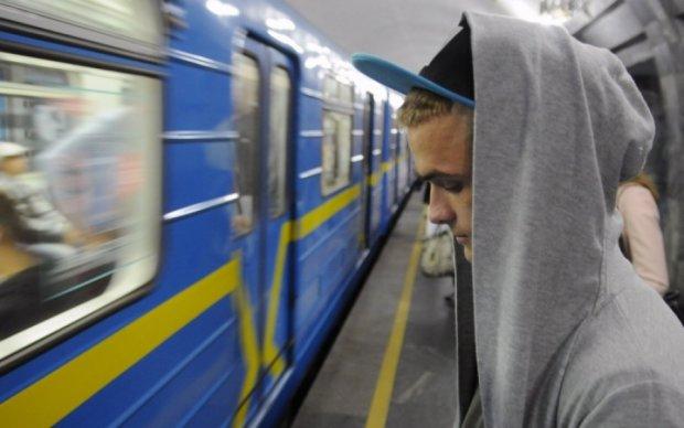 Українці залишилися без 4G з вини Кабміну