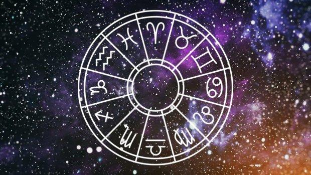 Гороскоп на неделю 15-21 апреля для всех знаков Зодиака: кто наступит на грабли прошлого
