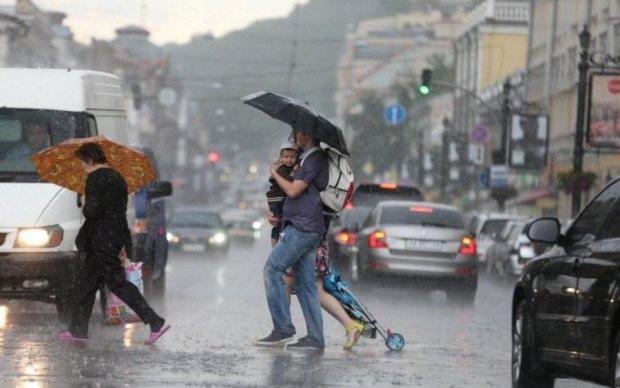 Погода на 27 июня: стихия определила, кому дожди, а кому слезы