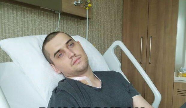 Рак з'їдає молодого українця – волонтери і батьки просять допомогти