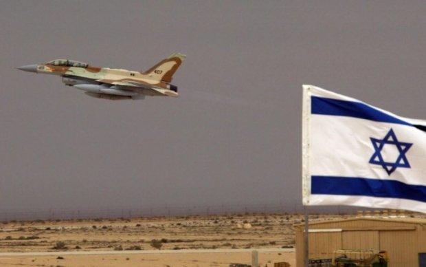Ізраїль обстріляв ракетами армію Асада