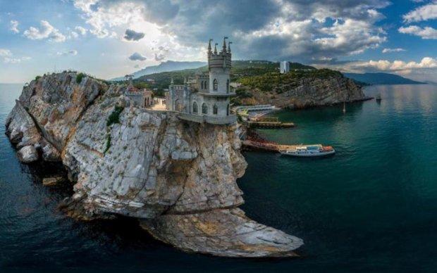 """""""Топовые"""" крымские пляжи в этом сезоне похожи на декорации к фильму ужасов"""