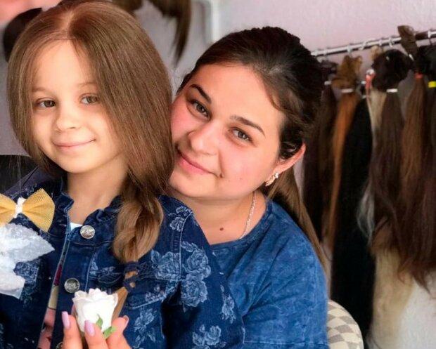 Красавица-полицейская отрезала роскошную косу ради больной раком принцессы - деточка, живи