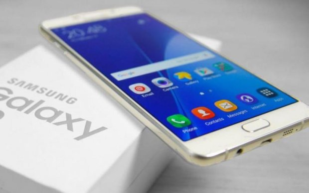 Samsung Galaxy A9 Star: в мережі показали секретний смартфон з усіх боків