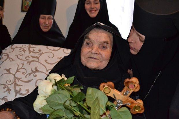 Умерла старейшая украинка: что известно о 107-летней монахине-рекордсменке