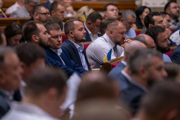 """Онищенко озвучил главные расходы госбюджета на 2020 год и призвал украинцев """"думать"""""""
