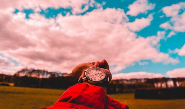 Переведення годинника на літній час, pexels.com