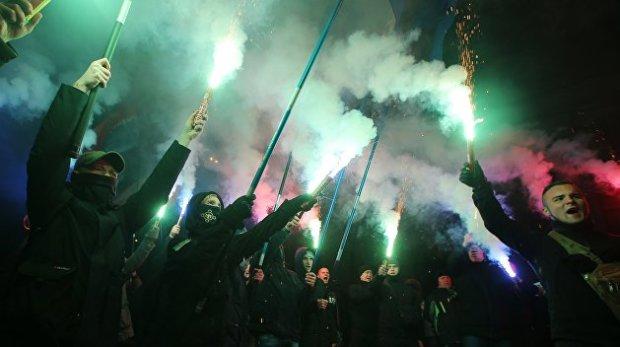 """В Києві націоналісти напали на популярні молодіжні фестивалі: """"Підпалили і жорстоко били"""""""