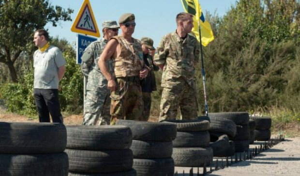 Через блокаду пасажиропотік в Крим скоротився вдвічі