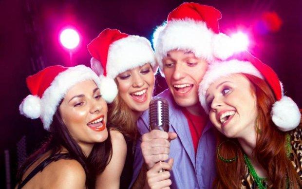 Кращі програми для новорічного караоке
