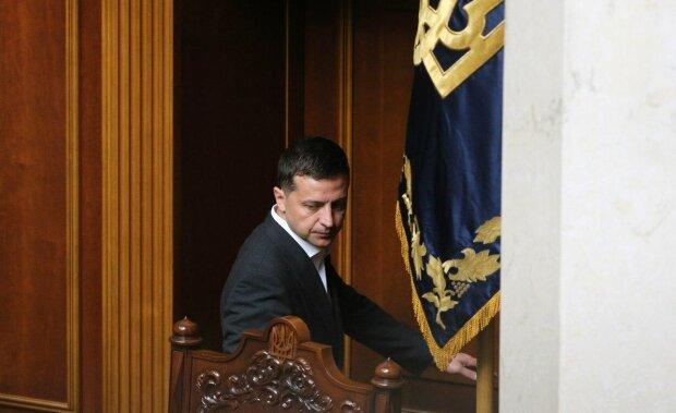 Зеленський вніс на розгляд Ради 66 невідкладних законопроектів: що хоче змінити президент перш за все