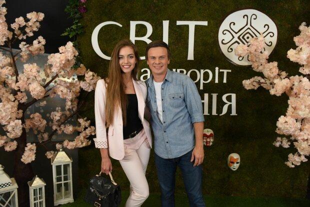 Дмитро Комаров і Олександра Кучеренко, 1plus1.ua