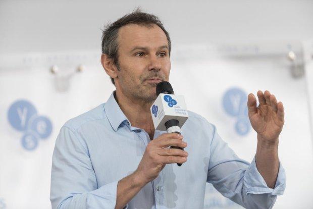 """Підопічна Вакарчука сказала, чому лідер """"Океану Ельзи"""" відмовився від виборів"""