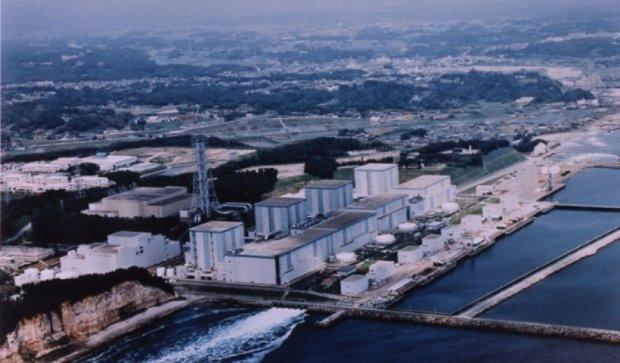 Прем'єр Японії отримав радіоактивний пісок Фукусіми