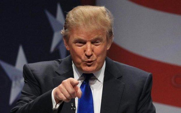 """Трамп показал, как """"затмил"""" Обаму"""