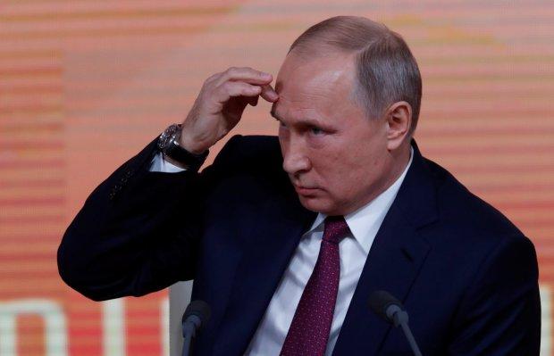 Путін станцював на могилах росіян: зі святом