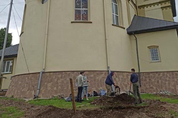 Археологические раскопки, фото: Facebook Богдан Нагорняк