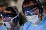 Вакцинація від коронавірусу: перша країна у світі масово вводить мешканцям ліки