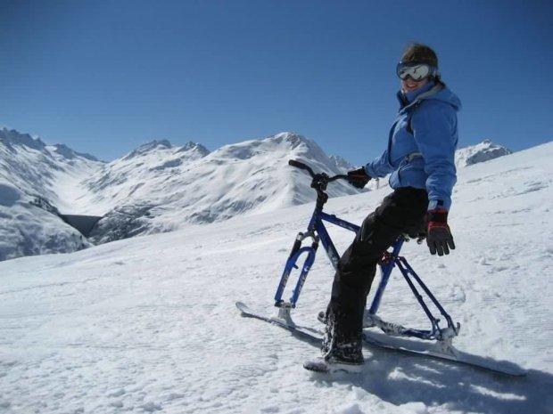 У Карпатах рятують відомого альпініста: потрапив у снігову пастку, рахунок іде на хвилини