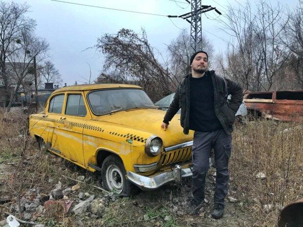 В Киеве обнаружили кладбище из прошлой эпохи: ретро-красавицы