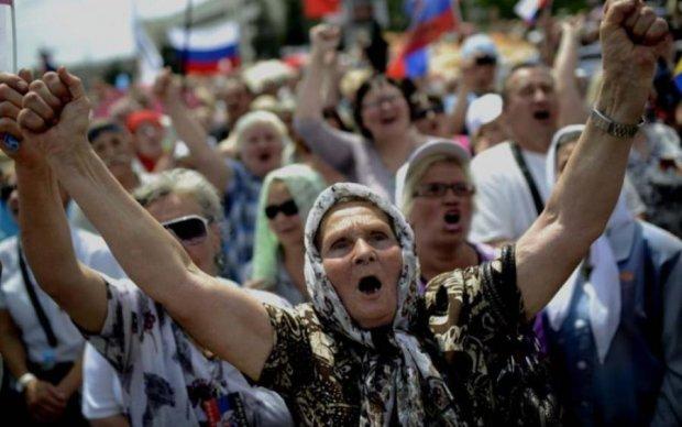 Россиянам объяснили, почему их ненавидит мир