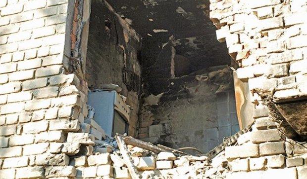 Красногорівка, Дзержинськ, Мар'їнка: «навіщо ремонтувати, тут ніхто не живе» (фото)