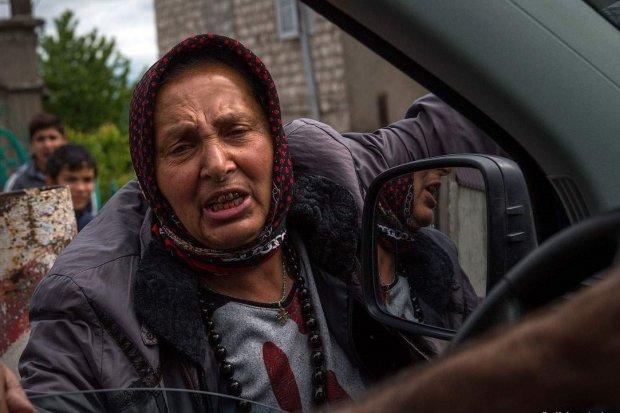 """Банда цыган держат в страхе Киев: """"Угрожают и отбирают все"""""""