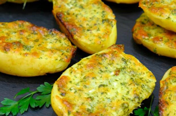 Картопля з часником, скріншот: YouTube