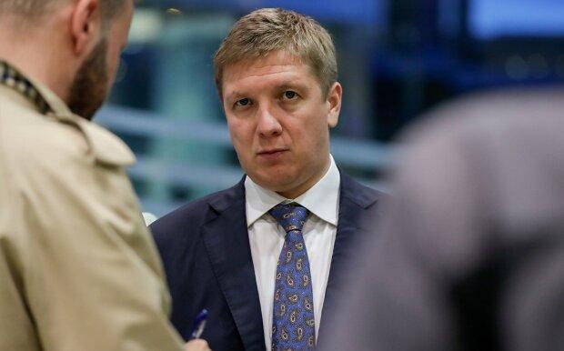 """Коболєв знайшов дивне виправдання космічній зарплаті, киваючи в бік """"Газпрому"""": """"Простий спосіб зменшити"""""""