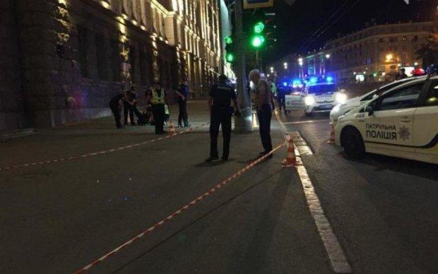 Кривавий напад у Харкові: вбивця копа обстріляв машину з дитиною