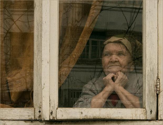 Под Запорожьем дочь установила рекорд цинизма: бросила мать умирать от голода, - все ради пенсии