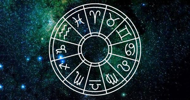 Гороскоп на 24 червня для всіх знаків Зодіаку: кому день принесе лише стрес