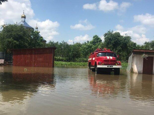 Львівщина повторила сумну долю Прикарпаття - вода скрізь